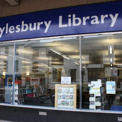 Aylesbury Library pic 01