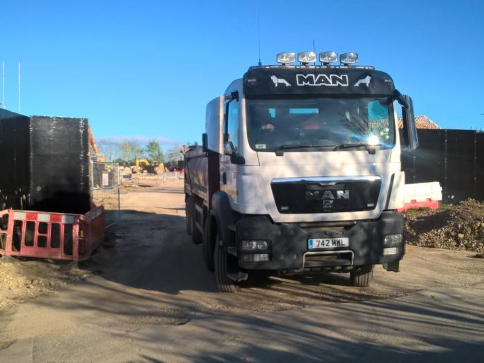 Dollicot access lorry2