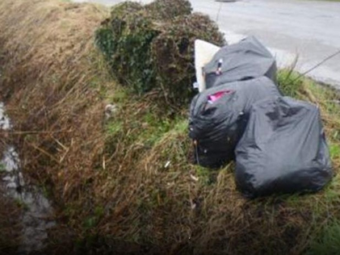 Fly Tipping in Terrick