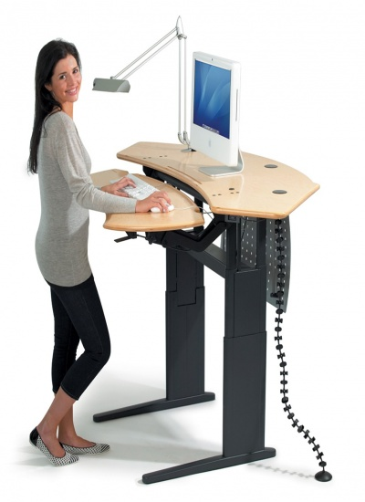 Standing Height Desk 03